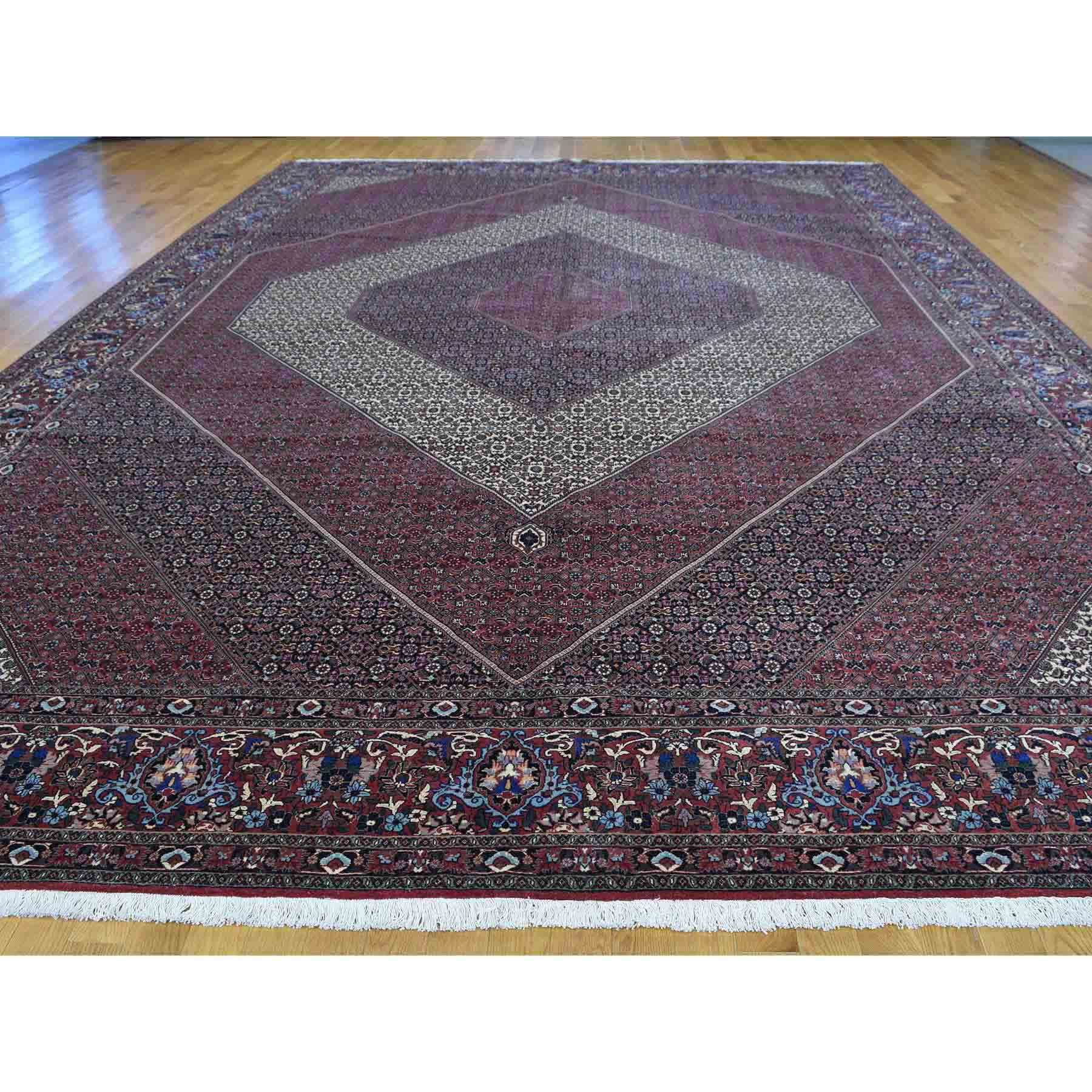Persian-Hand-Knotted-Rug-167675