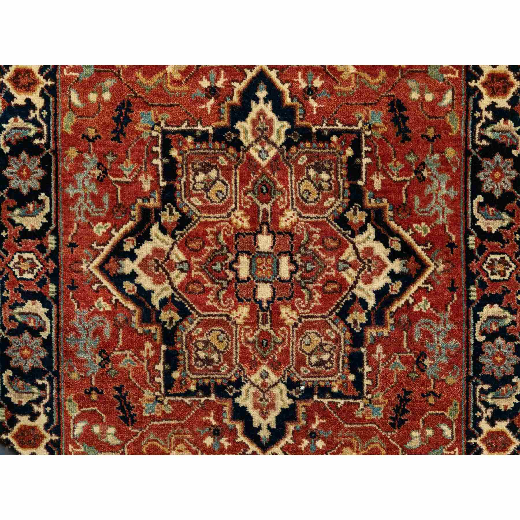 Heriz-Hand-Knotted-Rug-310050